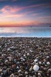 Salida del sol hermosa sobre el mar Foto de archivo libre de regalías