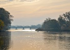 Salida del sol magnífica del río de Caledonia Imagen de archivo libre de regalías