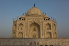 Salida del sol maravillosa en Taj Mahal, la India Foto de archivo