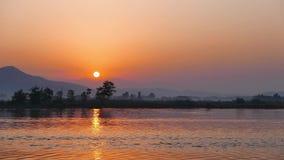 Salida del sol mediterránea en el otoño 04 almacen de metraje de vídeo