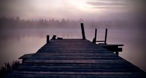 Salida del sol por el lago Fotografía de archivo libre de regalías