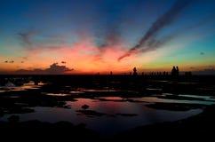 Salida del sol por el mar Fotografía de archivo libre de regalías