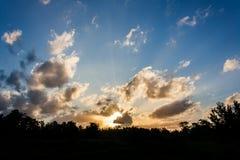 Salida del sol por la mañana Fotos de archivo libres de regalías