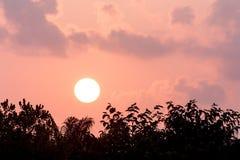 Salida del sol por la mañana Imagen de archivo libre de regalías