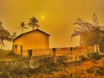 Salida del sol por la mañana del invierno fotos de archivo