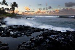 Salida del sol, resaca, Kauai, Hawaii Foto de archivo libre de regalías