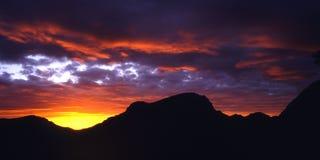Salida del sol roja Fotos de archivo