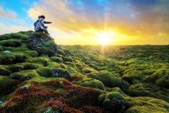 Salida del sol romántica Islandia foto de archivo libre de regalías