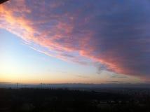 Salida del sol rosada sobre la colina Fotografía de archivo libre de regalías