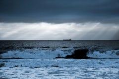 Salida del sol sea-Bulgaria-2008 negro Imagen de archivo libre de regalías