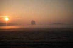 Salida del sol soñadora Imagenes de archivo