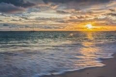 Salida del sol sobre el Atlántico fotografía de archivo libre de regalías