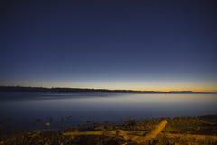 Salida del sol sobre el estrecho de Georgia Imagen de archivo libre de regalías