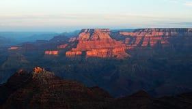 Salida del sol sobre el Gran Cañón, América Imagenes de archivo