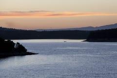 Salida del sol sobre el mar fotografía de archivo libre de regalías