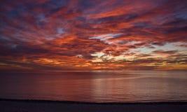 Salida del sol sobre el mar de Cortez Foto de archivo