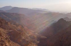 Salida del sol sobre el Mar Rojo Foto de archivo