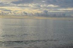 Salida del sol sobre el océano en la Florida fotos de archivo libres de regalías