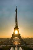 Salida del sol sobre París Foto de archivo