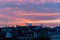 Salida del sol sobre París en invierno Imágenes de archivo libres de regalías