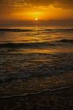 Salida del sol, sol, mar Foto de archivo libre de regalías
