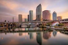 Salida del sol Tampa céntrica, la Florida Fotografía de archivo libre de regalías