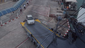 Salida del transbordador de coche metrajes