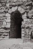 Salida en la pared de piedra en Roman Theater de Mérida foto de archivo libre de regalías