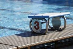 Salida número 3 de la piscina Imagenes de archivo