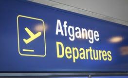 Salidas del aeropuerto Imagen de archivo libre de regalías