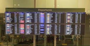 Salidas en el aeropuerto internacional de Singapur Changi Foto de archivo libre de regalías