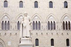 Salimbenivierkant, Siena, Toscanië Italië Stock Afbeeldingen
