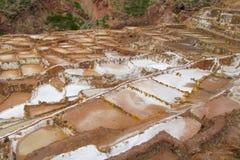 Salinas de Maras αρχαία αλατισμένα ορυχεία, Cusco, Περού στοκ εικόνες