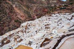 Salinas de Maras, Peru Salt naturlig min Inca Salt pannor på Maras i den sakrala dalen, Peru Royaltyfri Foto