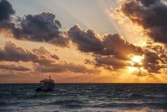 Saling in eine Weinlese Sun Stockfotografie