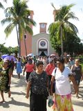 Salir de la iglesia en San Marcos Foto de archivo