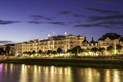 SALISBURGO, AUSTRIA - AGOSTO 2011: Hotel Sacher Salisburgo Fotografia Stock