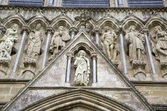 Salisbury-Kathedralen-Fassade, England lizenzfreies stockbild