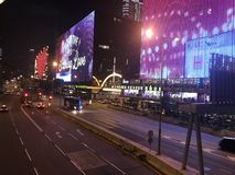 Salisbury-Straße, Tsimshatsui Ost, Kowloon-Halbinsel lizenzfreie stockfotografie