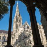 SALISBURY, WILTSHIRE/UK - 21. MÄRZ: Außenansicht von Salisbury Stockfoto