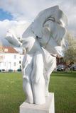 SALISBURY, WILTSHIRE/UK - 21 MAART: Engelen Harmony Sculpture langs Stock Afbeelding