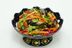Sallad av kött och grillade grönsaker. Royaltyfri Fotografi