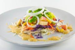 Sallad för ny grönsak på vit Arkivfoto