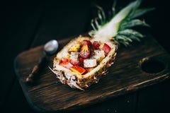 Sallad för nya frukter i ananas Fotografering för Bildbyråer