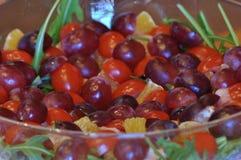 Sallad i en glass maträtt Raketsallad Royaltyfri Fotografi