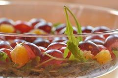 Sallad i en glass maträtt Raketsallad Fotografering för Bildbyråer