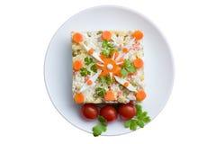 Sallad med kokt höna och grönsaker Arkivfoton