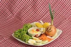 Salladgrönsaker, foods som är healthful royaltyfri bild