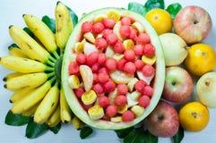 Salladvariation av frukt är bra för hälsa Arkivbild