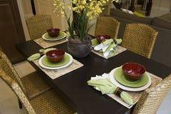 Salle à manger à la maison de luxe. Image stock